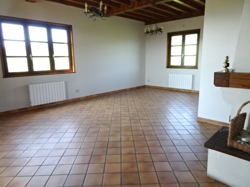 Location maison / villa Anse 1 417€ CC - Photo 2