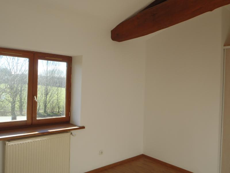 Location maison / villa Chaleins 1 025€ CC - Photo 7