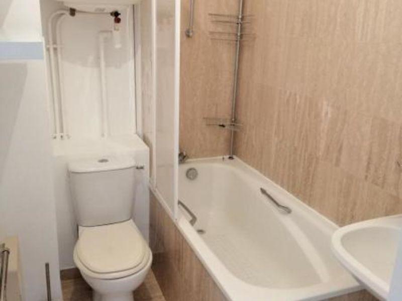 Location appartement Paris 860€ CC - Photo 5