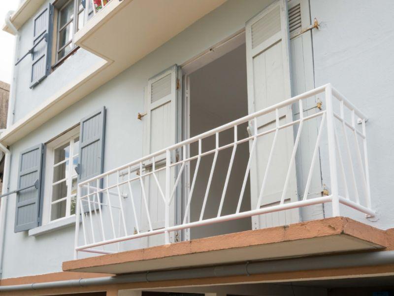 Sale apartment Saint denis 155000€ - Picture 1