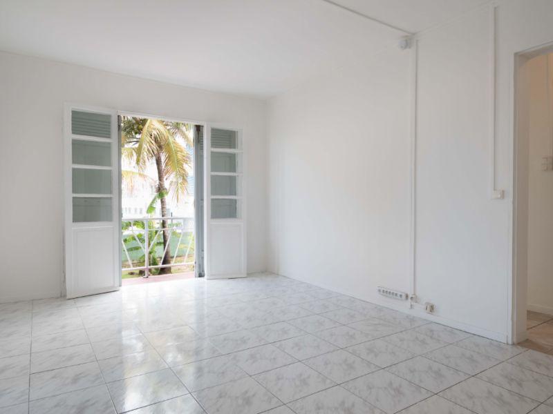 Sale apartment Saint denis 155000€ - Picture 2