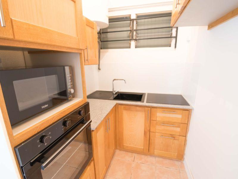 Sale apartment Saint denis 155000€ - Picture 3