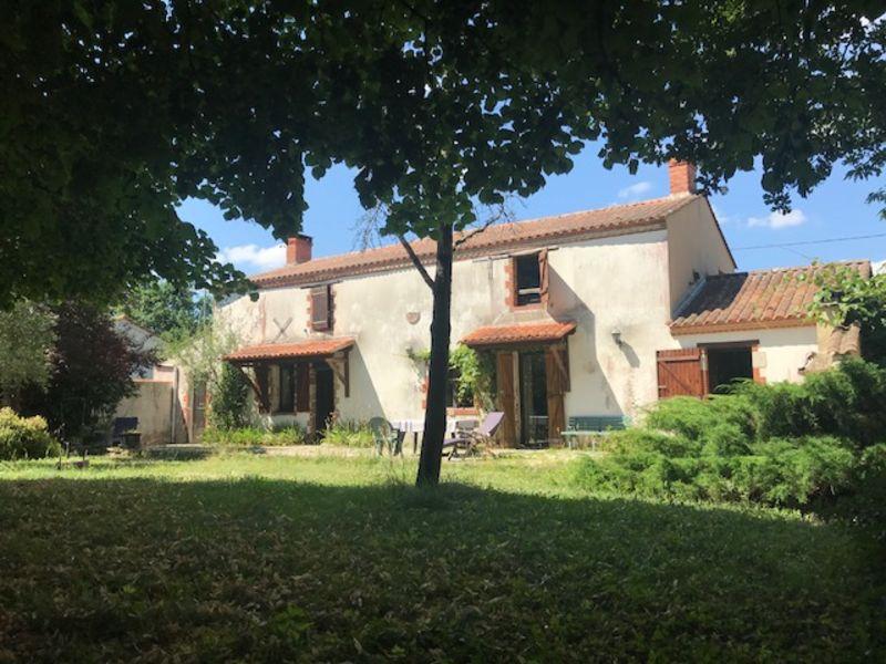 Sale house / villa Le girouard 284000€ - Picture 1