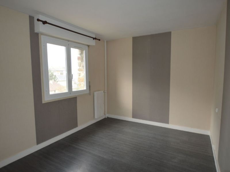 Sale apartment Petit couronne 77 000€ - Picture 4