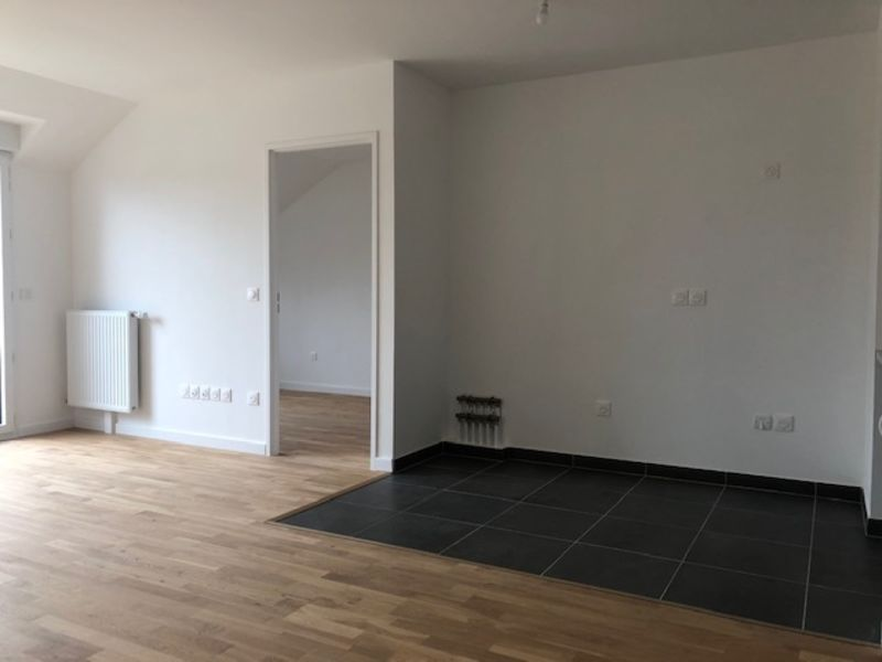 Location appartement Saint germain en laye 2 173€ CC - Photo 2