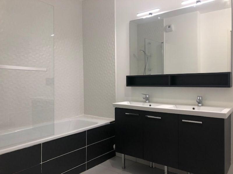 Rental apartment Saint germain en laye 2173€ CC - Picture 5