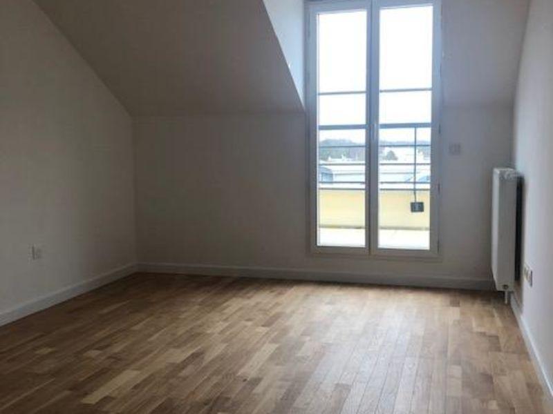 Rental apartment Saint germain en laye 2173€ CC - Picture 6