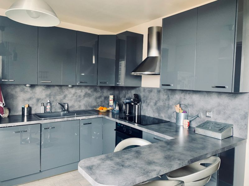 Vente appartement Saint germain en laye 270000€ - Photo 2