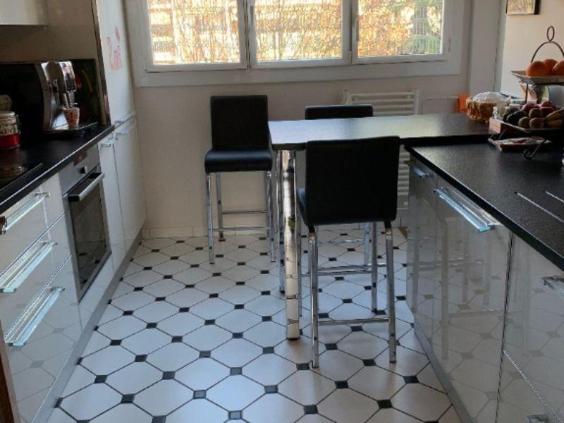 Sale apartment Le mesnil le roi 457000€ - Picture 3