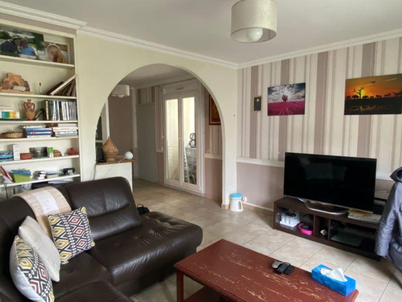 Sale apartment Houilles 247000€ - Picture 1