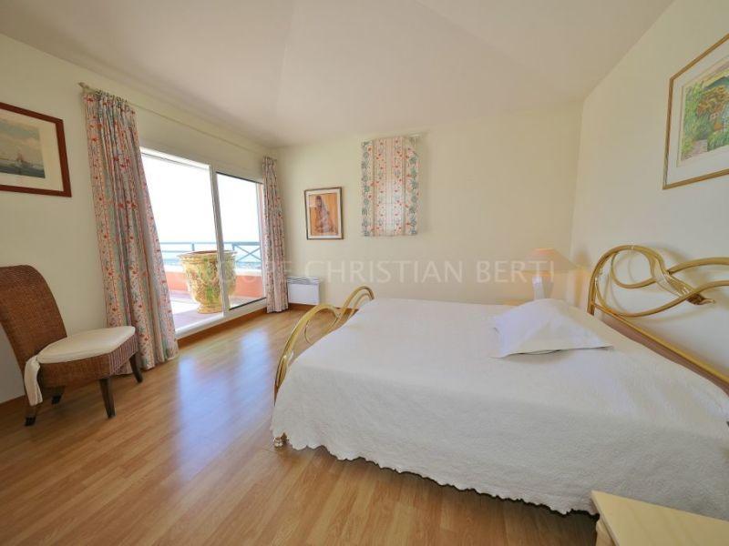 Sale apartment Mandelieu la napoule 1095000€ - Picture 7