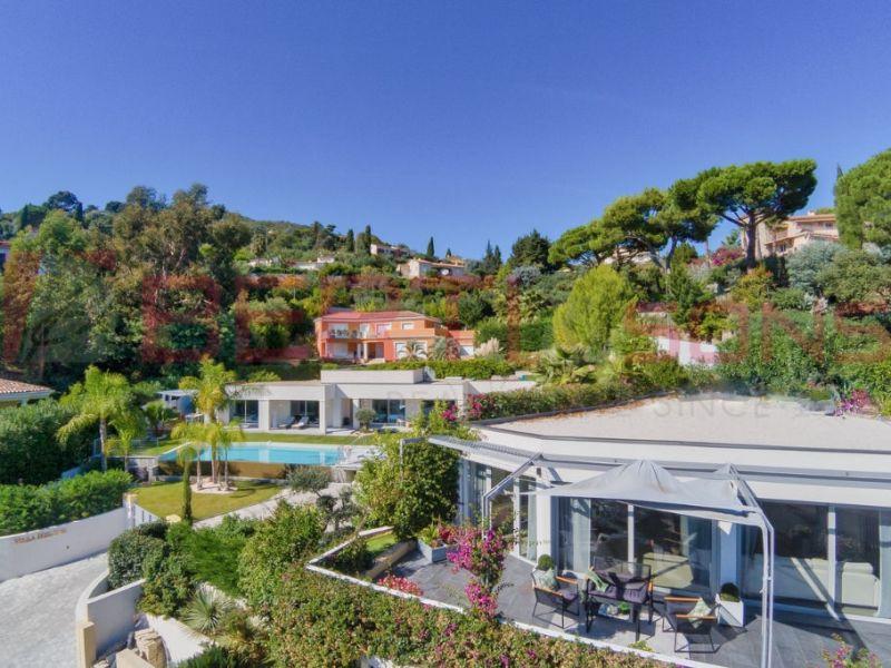 Sale house / villa Mandelieu la napoule 750000€ - Picture 2