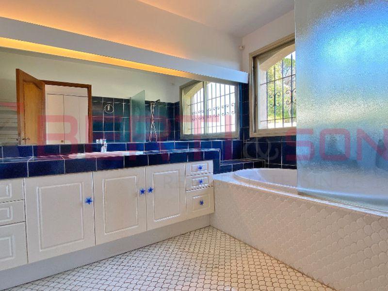 Sale house / villa Mandelieu la napoule 798000€ - Picture 9