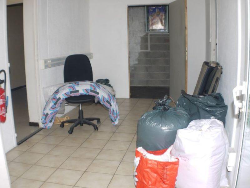 Sale empty room/storage Marseille 115000€ - Picture 1