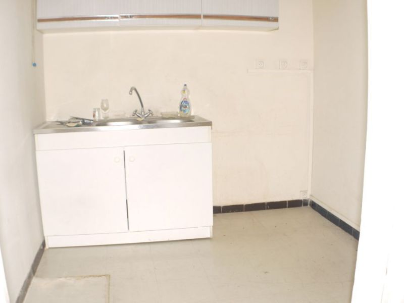 Sale empty room/storage Marseille 115000€ - Picture 5
