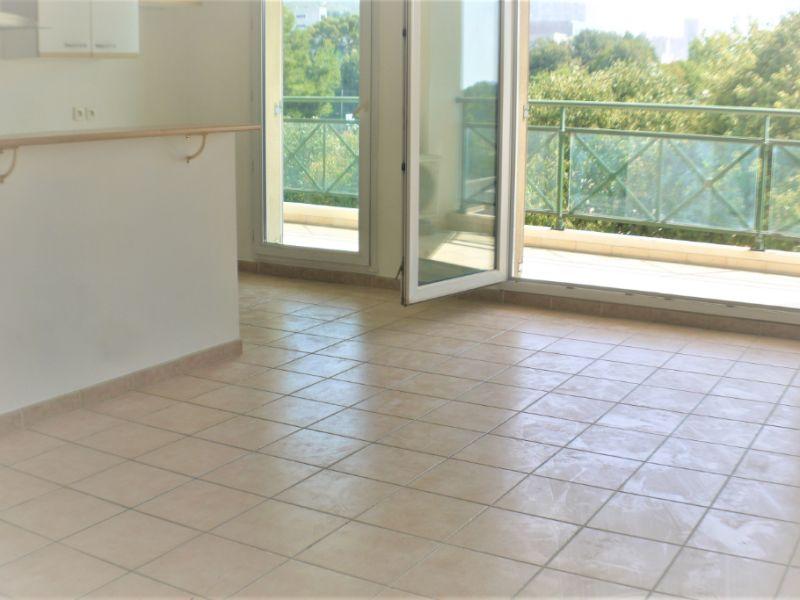 Sale apartment Marseille 168000€ - Picture 3