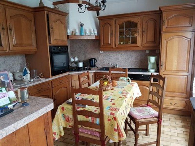 Sale house / villa Formerie 176000€ - Picture 2