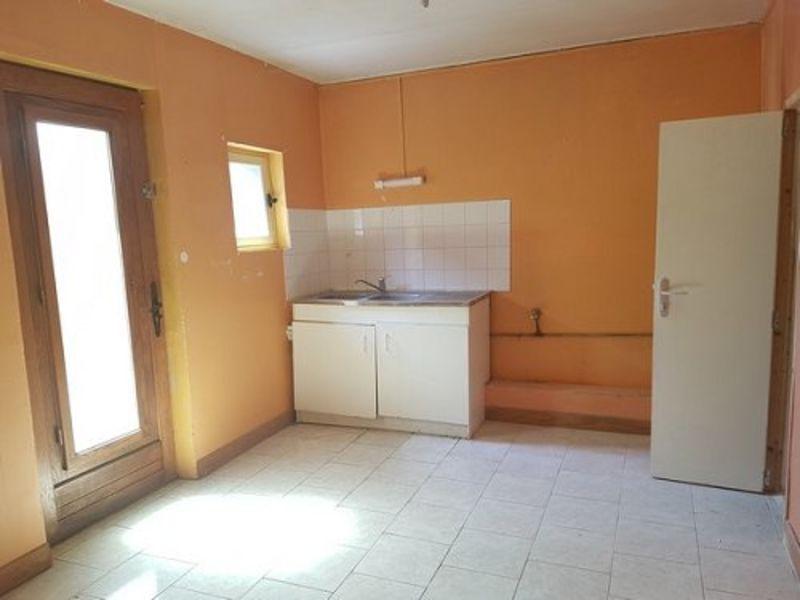 Sale house / villa Aumale 42500€ - Picture 2