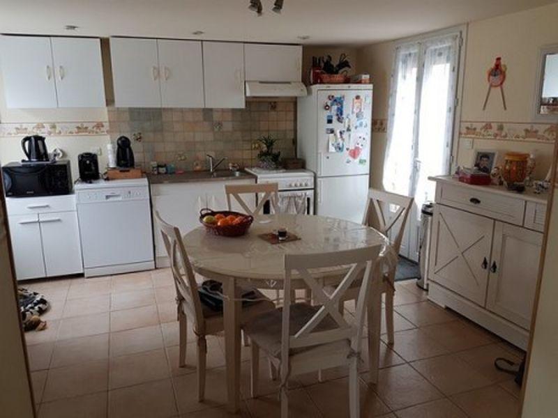 Sale house / villa Formerie 112000€ - Picture 2