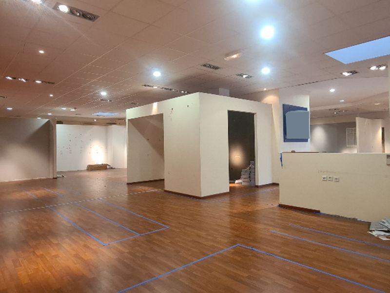 Location local commercial Quimper 3750€ HC - Photo 1
