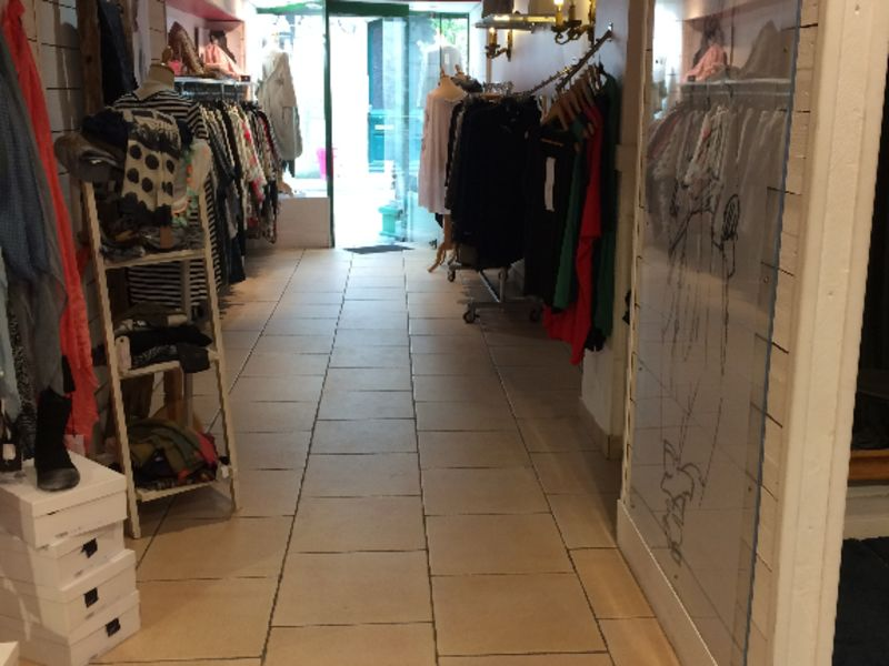 Vente local commercial Quimper 246 560€ - Photo 1