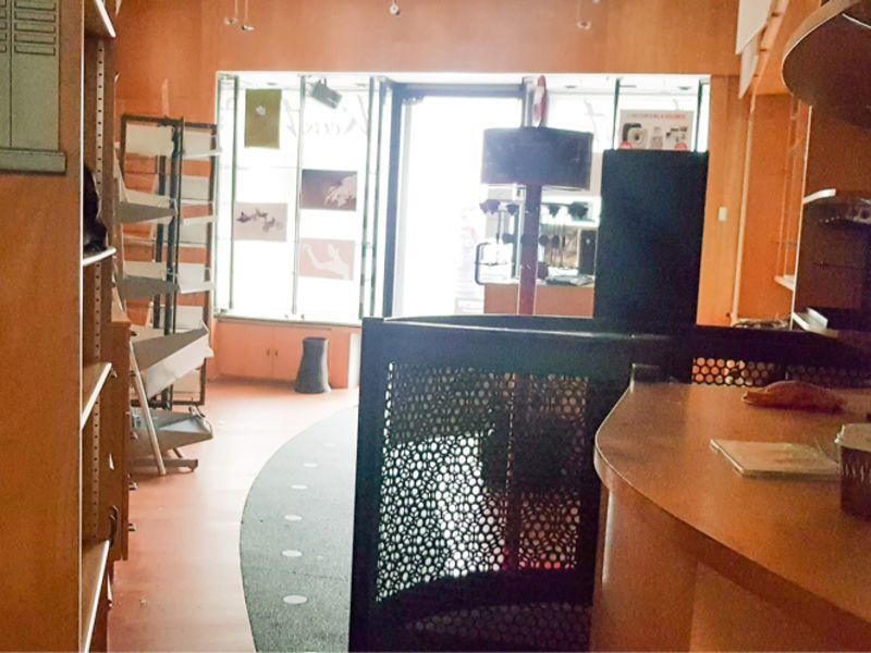 Location local commercial Quimper 1400€ CC - Photo 4