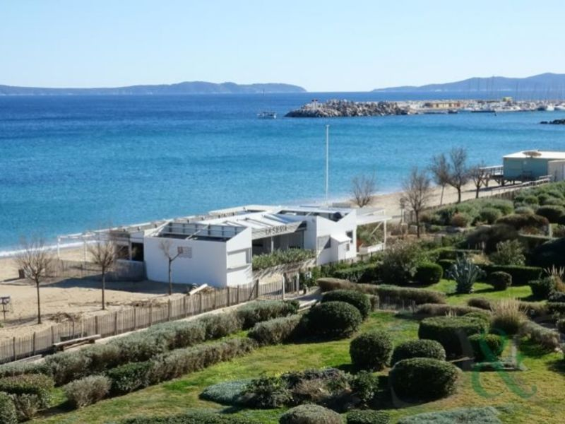 Deluxe sale apartment Le lavandou 315 000€ - Picture 2