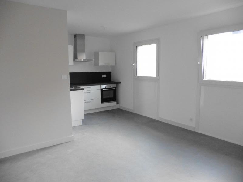 Rental apartment Lannilis 525€ CC - Picture 3