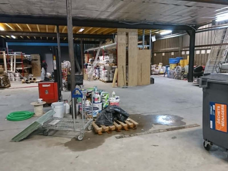 Location local commercial Beaurains 3 500€ HC - Photo 2