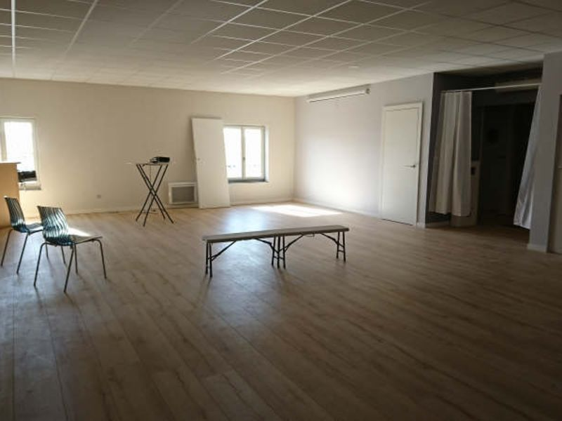 Location local commercial Beaurains 3 500€ HC - Photo 6