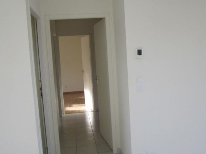 Rental house / villa Barret 640€ CC - Picture 2