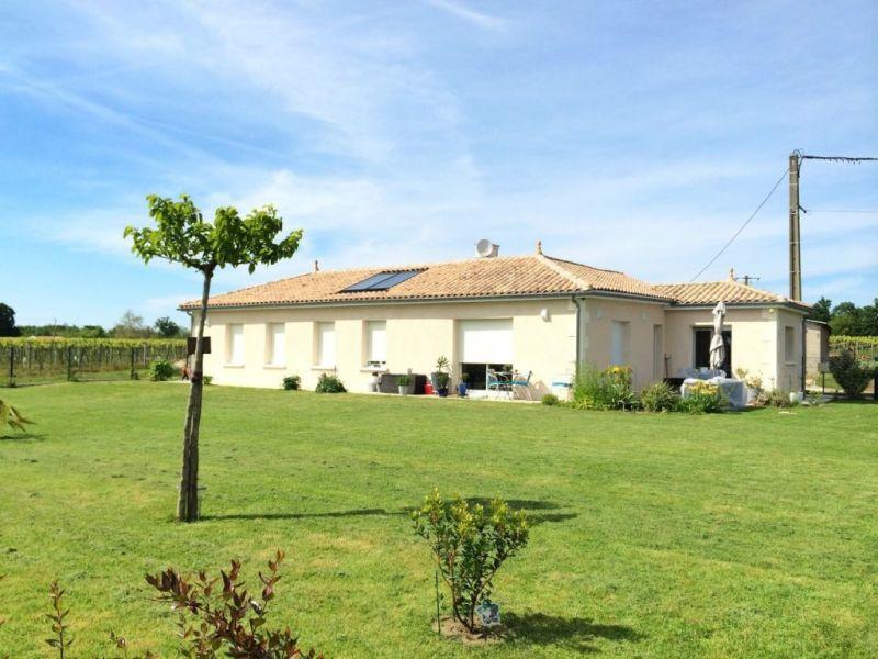 Location maison / villa Montchaude 830€ CC - Photo 1