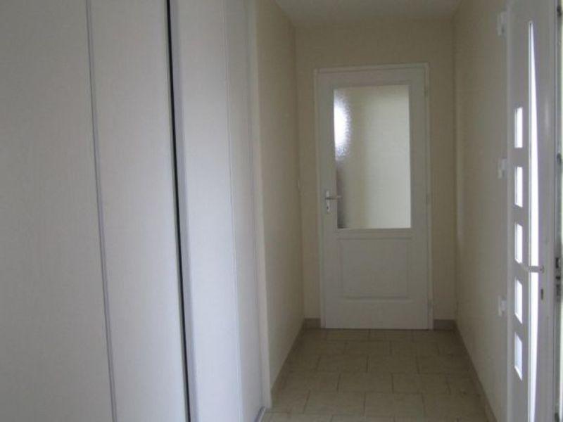 Location maison / villa Montchaude 830€ CC - Photo 4