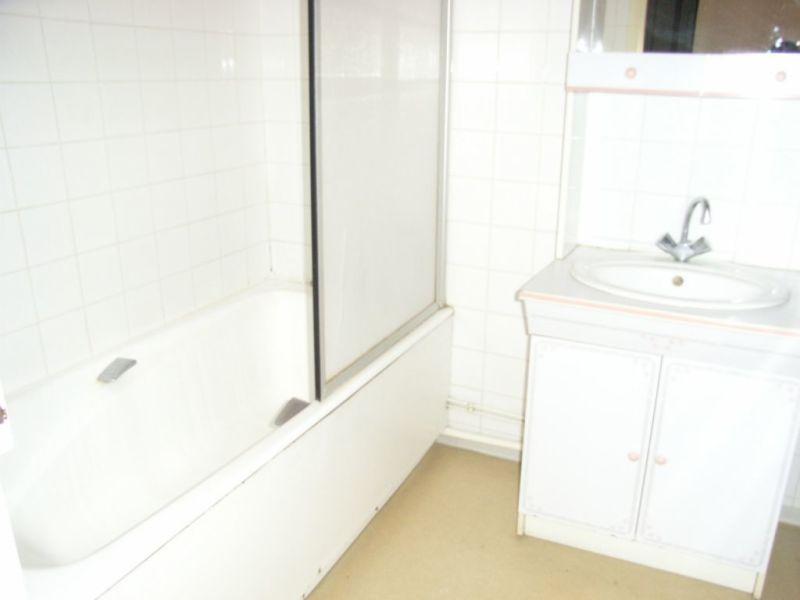 Rental apartment Barbezieux-saint-hilaire 545€ CC - Picture 4