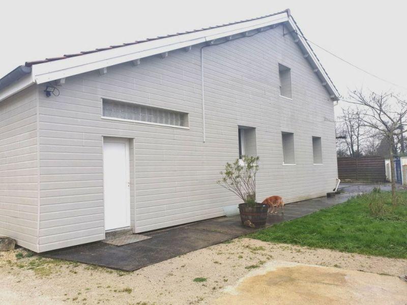 Sale house / villa Barbezieux-saint-hilaire 219000€ - Picture 1