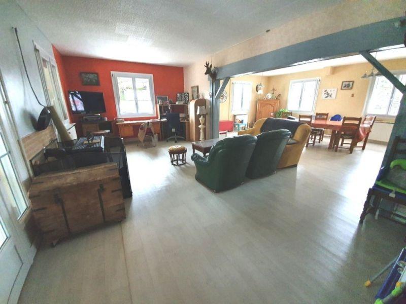 Sale house / villa Barbezieux-saint-hilaire 219000€ - Picture 2
