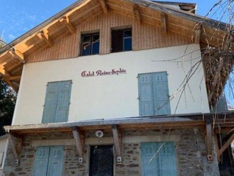 MEGEVE- Chalet de village à restaurer