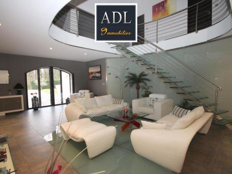 Sale house / villa Lamorlaye 1390000€ - Picture 3