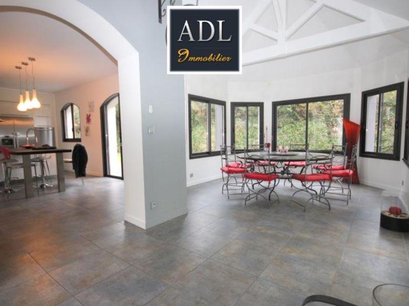 Sale house / villa Lamorlaye 1390000€ - Picture 4