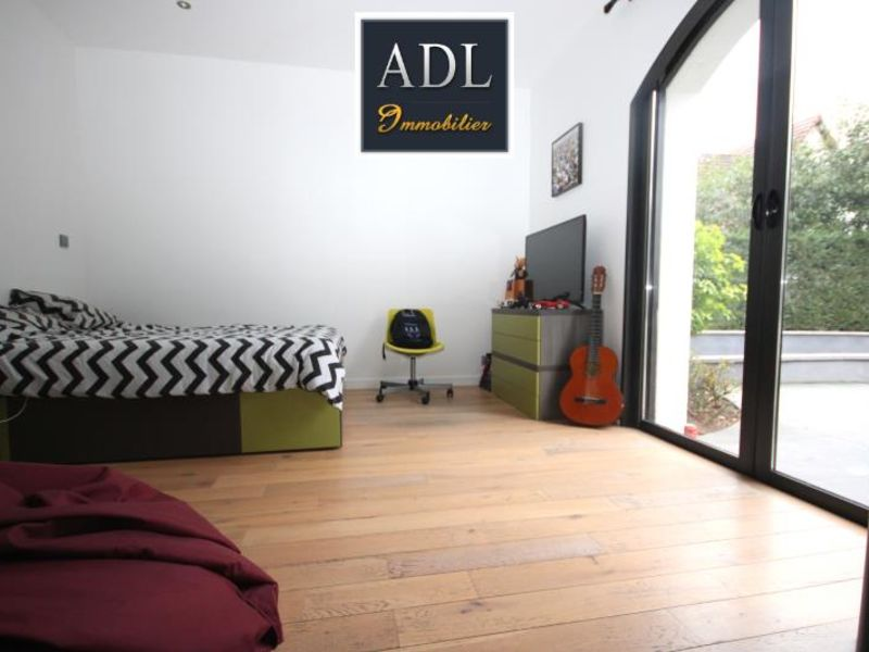 Sale house / villa Lamorlaye 1390000€ - Picture 6