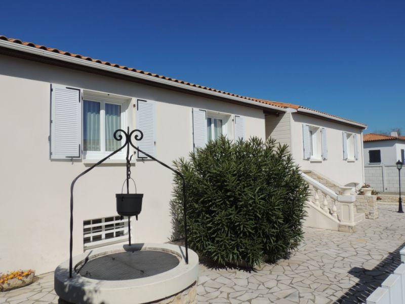 Vente maison / villa Saint georges de didonne 490880€ - Photo 5