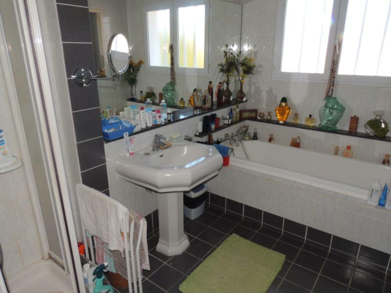 Vente maison / villa Saint georges de didonne 490880€ - Photo 9