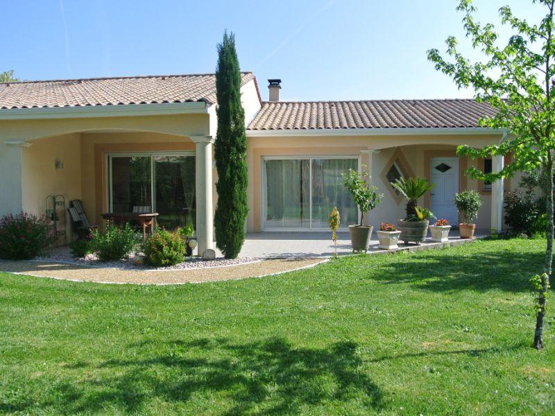 Vente maison / villa Jonzac 488000€ - Photo 5