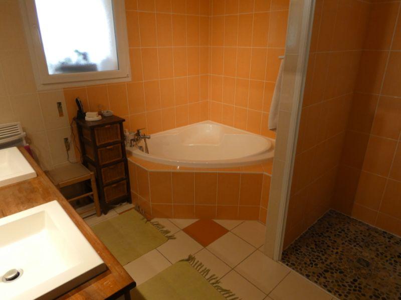 Vente maison / villa Jonzac 488000€ - Photo 12