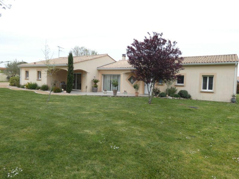 Vente maison / villa Jonzac 488000€ - Photo 18