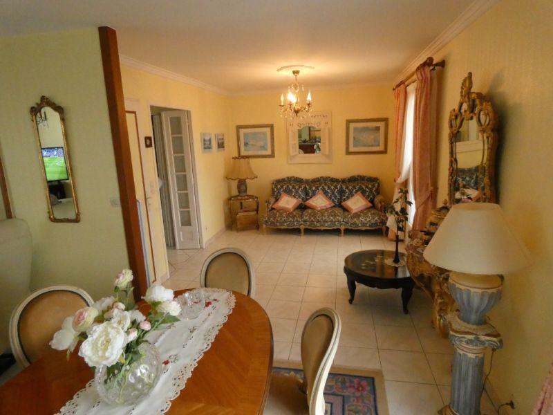 Sale house / villa Saint georges de didonne 336000€ - Picture 5