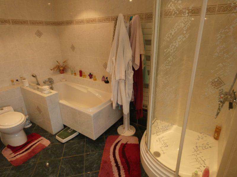 Sale house / villa Saint georges de didonne 336000€ - Picture 10
