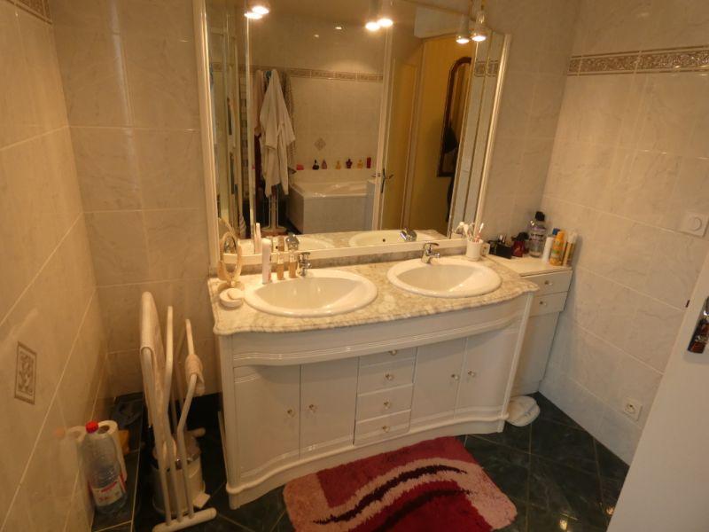 Sale house / villa Saint georges de didonne 336000€ - Picture 11