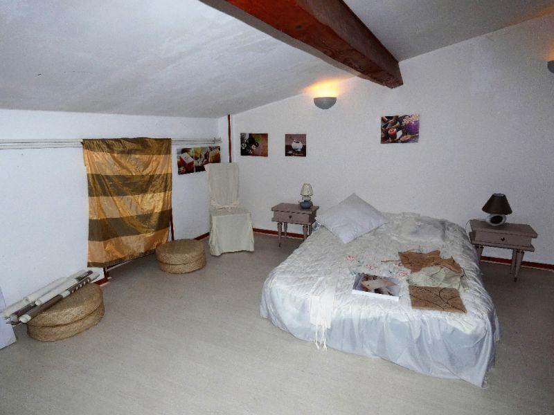 Sale house / villa Sainte gemme 247500€ - Picture 5