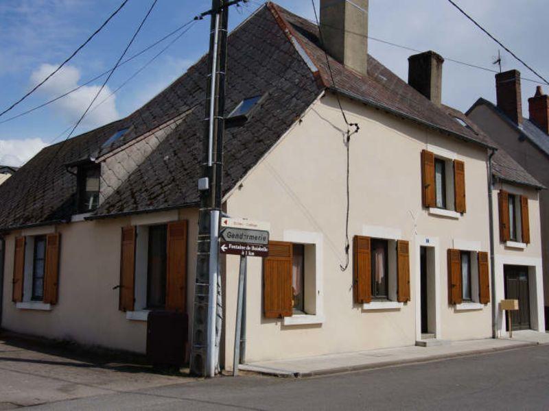 Vente maison / villa Henrichemont 59500€ - Photo 2